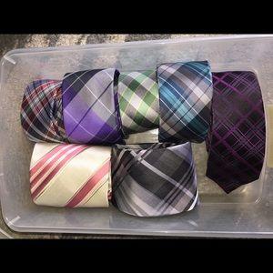 Assortment of 7 ties.